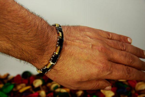 دستبند استیل مشکی-طلایی